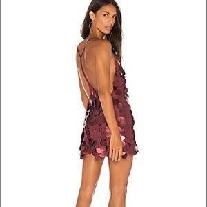 Holiday FINN DRESS IN ROSE SEQUIN -motel